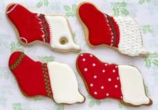 Biscotti ghiacciati di Natale. Immagine Stock