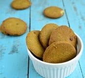 Biscotti indiani dello zenzero fotografia stock