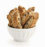 Biscotti kakor i bunke Arkivbild