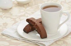 Biscotti mit Tee Stockbilder
