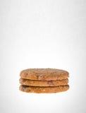 Biscotti o biscotti di burro su un fondo immagini stock