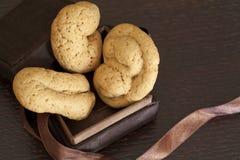 Biscotti in una casella Immagini Stock