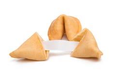 Biscotto di fortuna con carta in bianco isolata Immagini Stock