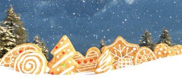 Biscotto di Natale su neve royalty illustrazione gratis