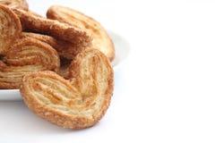 Biscotto olandese sulla zolla bianca Immagine Stock