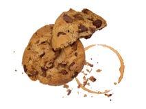 Biscuit avec les miettes et le café Photographie stock