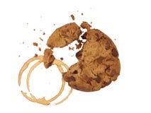 Biscuit avec les miettes et le café Photos stock
