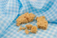 Biscuit d'amande sur la serviette Images stock