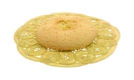 Biscuit dur sur le napperon de lacet Image libre de droits