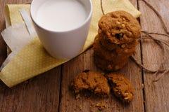 Biscuit et lait photo libre de droits