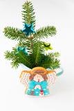 Biscuit fait maison d'ange avec la décoration de Noël photo libre de droits