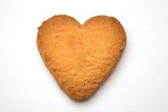 Biscuit sous forme de coeurs brisés - symbole de l'amour Photo stock