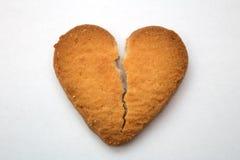 Biscuit sous forme de coeurs brisés - symbole de l'amour Photo libre de droits