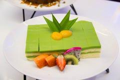 Biscuitgebak Gelaagd in Rich Pandan Kaya stock foto