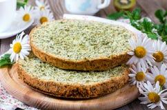 Biscuitgebak met spinazie Royalty-vrije Stock Foto's