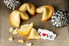 Biscuits avec amour Image libre de droits