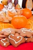 Biscuits avec des fruits à l'arrière-plan Images stock