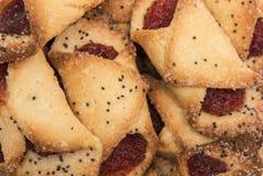 Biscuits avec le plan rapproché de confiture de framboise photographie stock