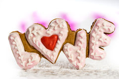 Biscuits avec le texte de l'amour la Saint-Valentin Photo libre de droits