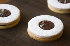 Biscuits bourrés images libres de droits