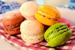 Biscuits colorés doux images libres de droits
