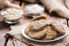 Biscuits cuits au four frais d'avoine Photo libre de droits