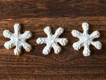 Biscuits d'éclaille de neige de Noël photographie stock libre de droits