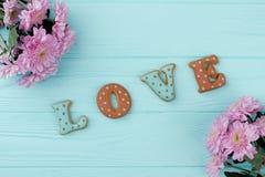 Biscuits d'amour de Valentine Day, vue supérieure Photos libres de droits