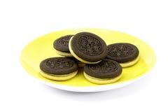 Biscuits avec la crème blanche Photographie stock libre de droits