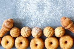 Biscuits de biscuit de différentes formes Vue supérieure photos libres de droits