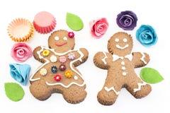 Biscuits de bonhomme en pain d'épice et de femme Photo libre de droits