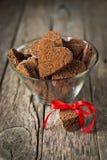 Biscuits de chocolat sous forme de coeur Images stock