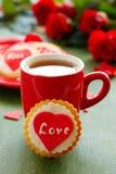 Biscuits de fête avec des coeurs Image stock