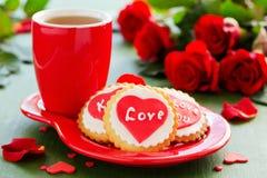Biscuits de fête avec des coeurs Photographie stock libre de droits