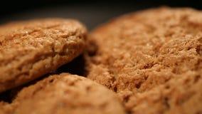 Biscuits de farine d'avoine croustillants cuits au four frais, dessert délicieux, recettes saines de nutrition clips vidéos