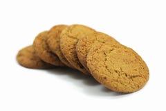 Biscuits de farine d'avoine sur le blanc Photo libre de droits