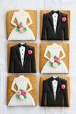 Biscuits de jeunes mariés photographie stock libre de droits