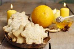Biscuits de Noël dans la forme d'étoile Image stock