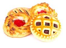 Biscuits de noix de coco avec Cherry Jam Image stock