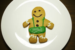 Biscuits de pain d'épice de la plaque blanche Images stock