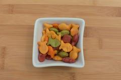 Biscuits de poisson rouge d'arc-en-ciel Photo stock