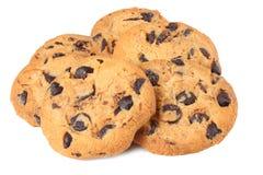 Biscuits de puce de chocolat d'isolement sur le fond blanc biscuits doux Pâtisserie faite maison photographie stock