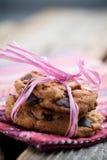 Biscuits de puce de chocolat images stock