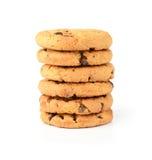 Biscuits de puce de chocolat d'isolement sur le fond blanc Photographie stock libre de droits