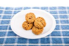 Biscuits de raisin sec caoutchouteux de farine d'avoine photo libre de droits