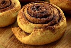 Biscuits en forme d'escargot savoureux image libre de droits