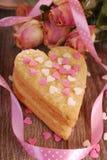 Biscuits en forme de coeur pour la valentine Photos libres de droits