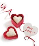 Biscuits en forme de coeur pour le jour et la carte de valentine Photos stock