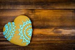 Biscuits en forme de coeur pour le Saint Valentin sur la table en bois Vue supérieure, l'espace de copie Images libres de droits