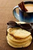 Biscuits et café image stock